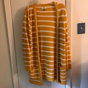 Old Navy yellow striped long cardigan. Size L.